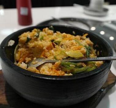 韩村石锅拌饭方便