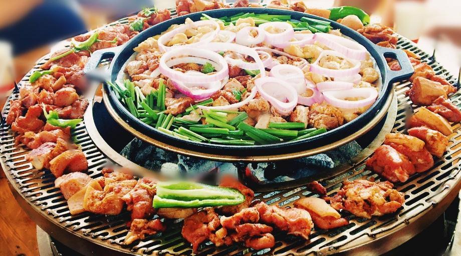 火盆烧烤猪肉