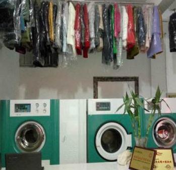 衣衣不舍洗衣晾衣服