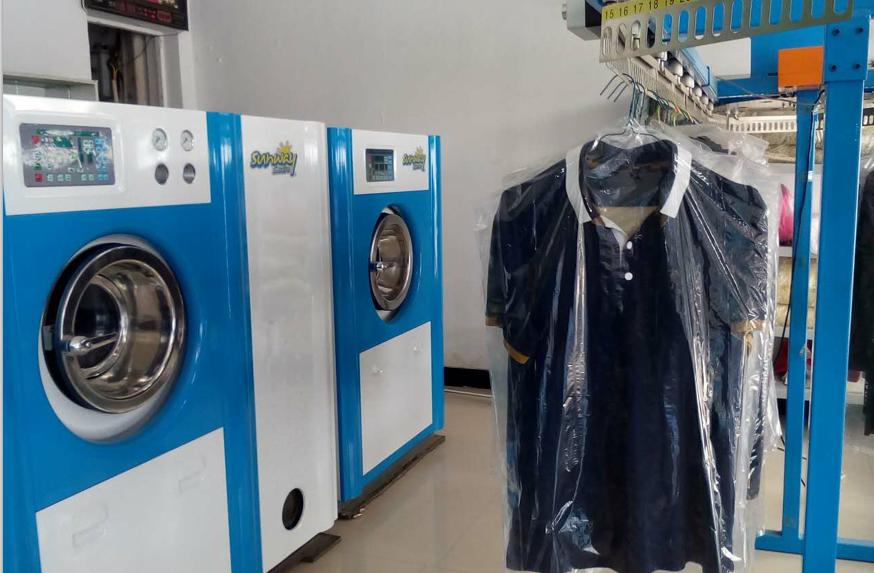 圣洁洗衣设备