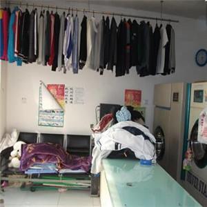步馨洗衣衣服