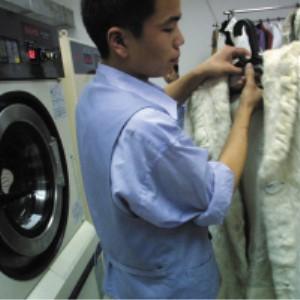 华芙妮洗衣干洗过程