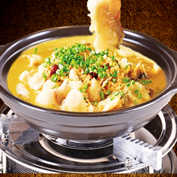 稻谷滿倉瓦鍋飯老壇酸菜魚