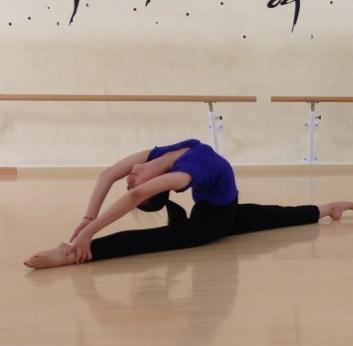 金昕仪艺术培训舞蹈培训