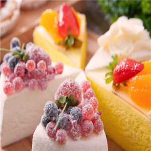 糖巢甜品奶油蛋糕