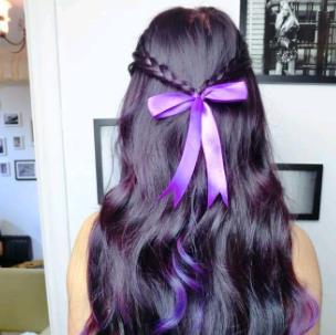 色调紫色烫发