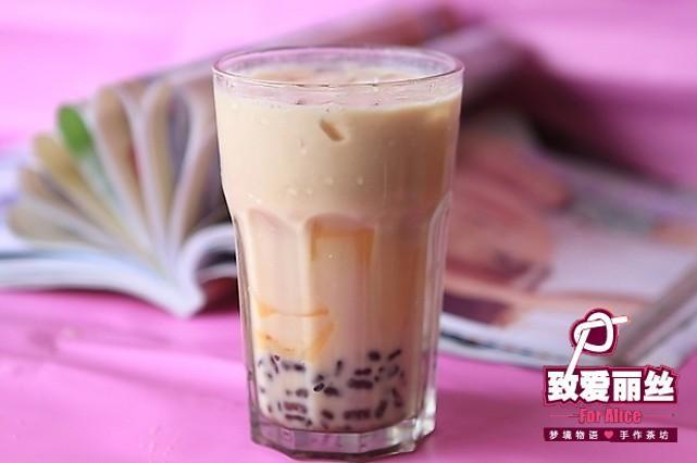 奶茶在当下市场中具有较好的销量