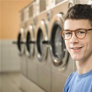唯美洗衣帅哥