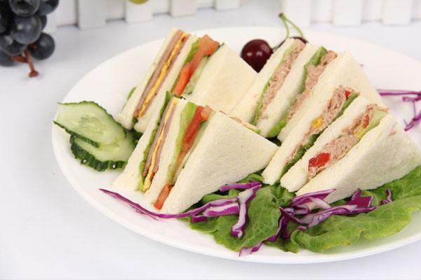 奥拜恩三明治