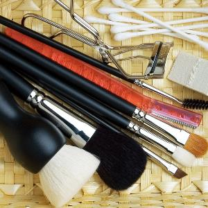 回归线化妆道具