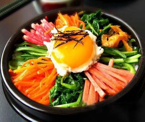 叉烧石锅拌饭好吃