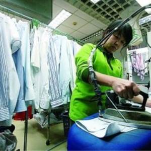 洁仕达洗衣干洗过程