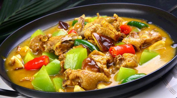 安镇招牌黄焖鸡米饭
