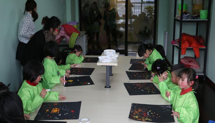幼启小小绘画班创业加盟