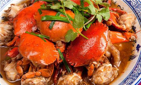 巴比酷肉蟹煲配属餐品众多
