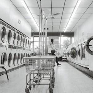 美华洗衣干洗间