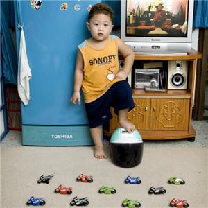 奥飞玩具小汽车