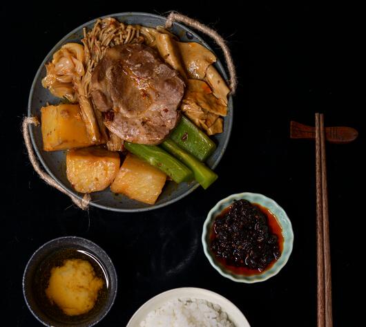 半斤八两火锅快餐好吃