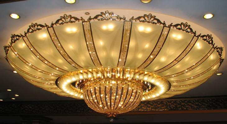 现代简约客厅吸顶灯