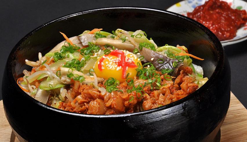 阿信石锅饭加盟