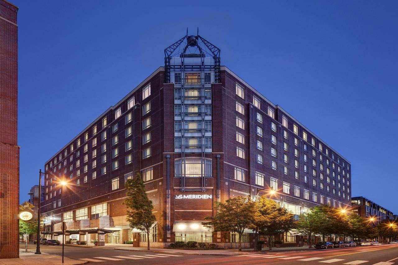 建业艾美酒店