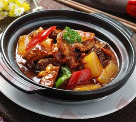 鳌江特色黄焖鸡米饭