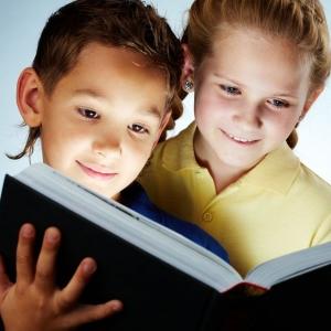 昂立智培星青少年英语互相学习