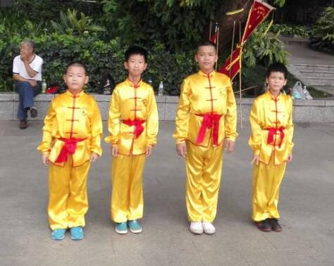 东方鹤武术健身学生代表