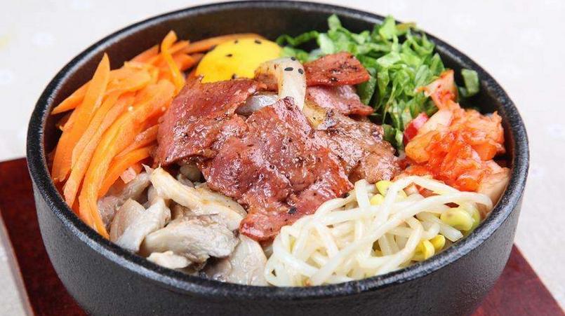 韩七妹石锅拌饭多种口味
