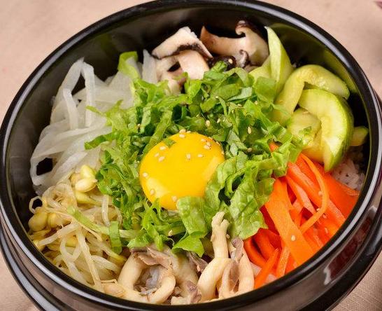 韩尚道石锅拌饭均衡营养