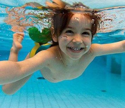 张三丰游泳健身中心