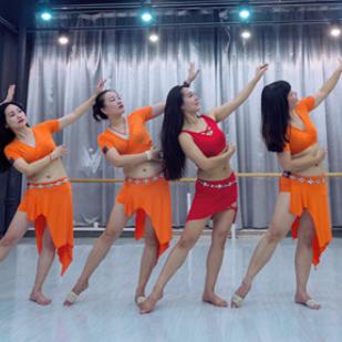 阿依努尔肚皮舞教学
