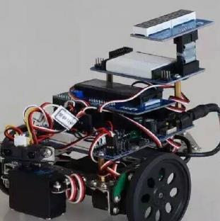乐博机器人拼装