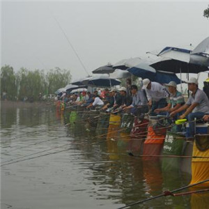 化绍新钓鱼用品垂钓