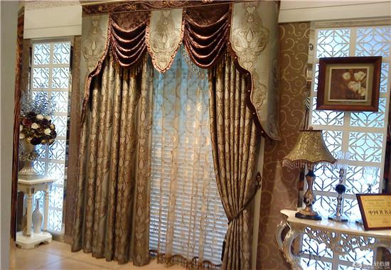 宫廷式窗帘展示