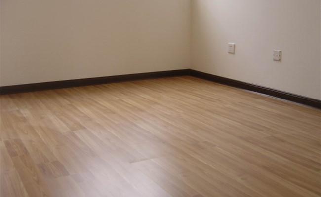 新象装修好的卧室地板