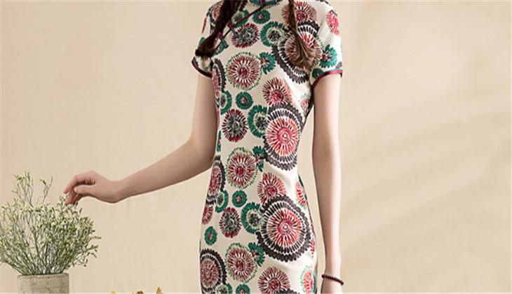 陶玉梅旗袍服装