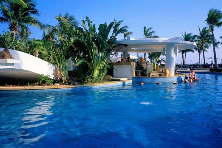 日照愛琴海度假酒店露天泳池