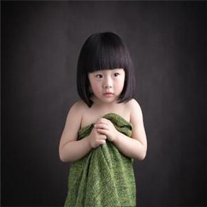 彩虹糖儿童摄影绿色