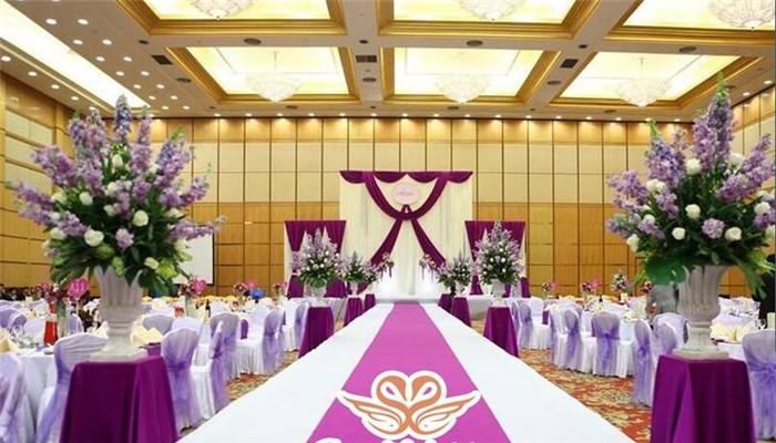 皇冠嫁日紫色
