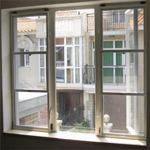 科飞纱窗房间