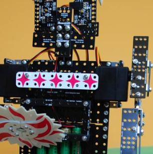 乐博机器人组装中