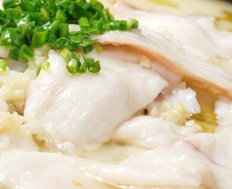 吃噻不吐骨头的酸菜鱼