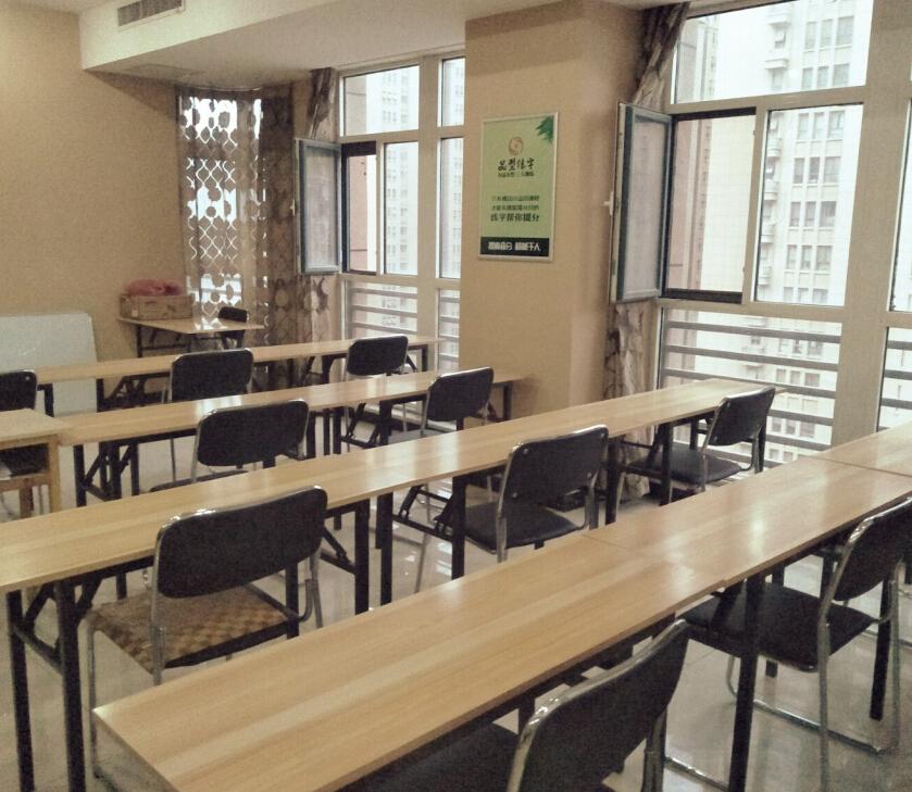 品型練字教育培訓教室