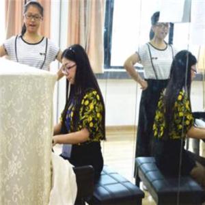 天籁艺术培训学校声乐课