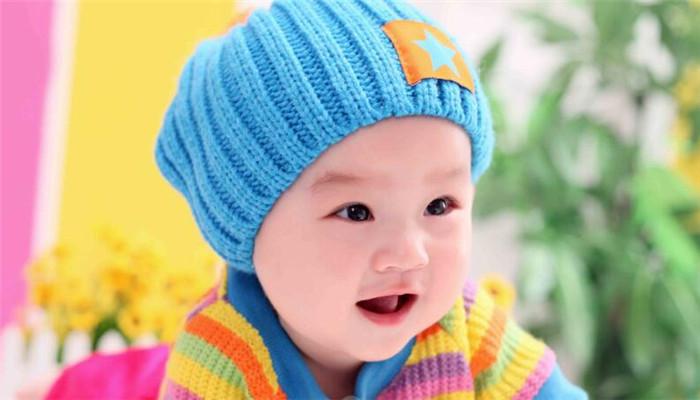 百日儿童摄影蓝帽子