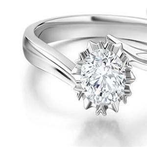 通靈翠鉆戒指