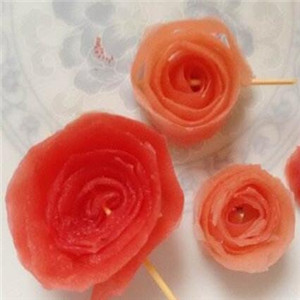 卉和水玫瑰花本水生鱼片