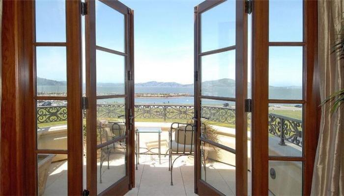 诺的门窗木质
