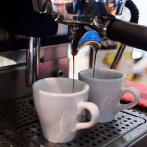 半空間咖啡館鮮煮咖啡